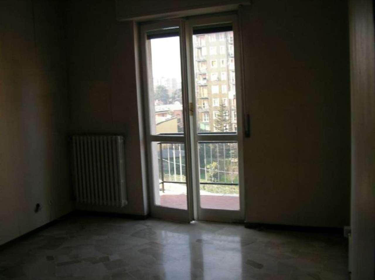 Bilocale Cologno Monzese Corso Roma 3