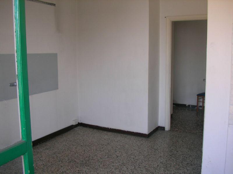 Bilocale Cologno Monzese Viale Emilia 10