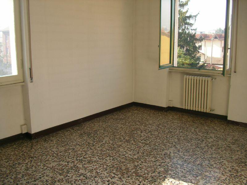 Bilocale Cologno Monzese Viale Emilia 2