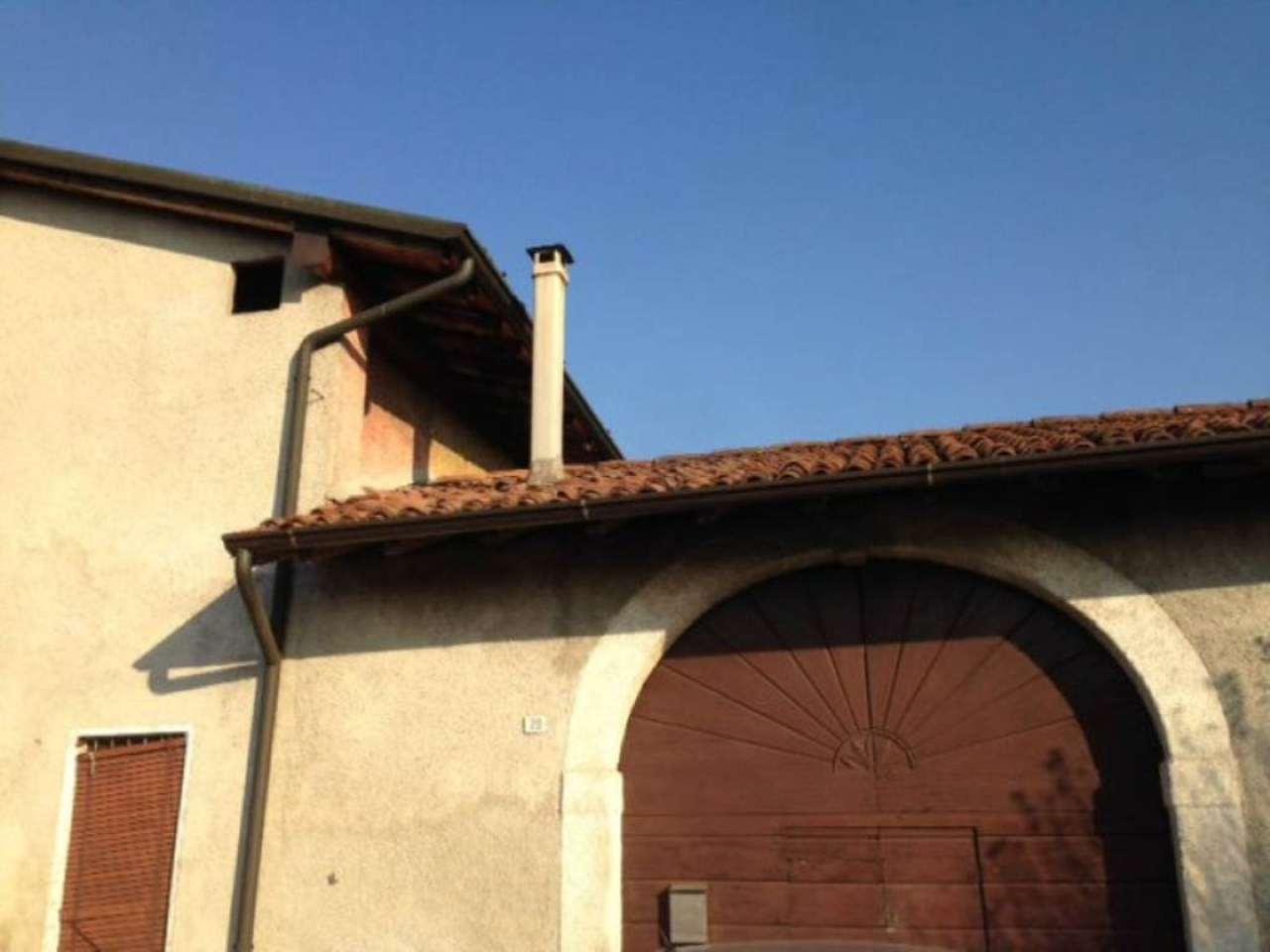 Bilocale Rovato Via Sant'anna 3