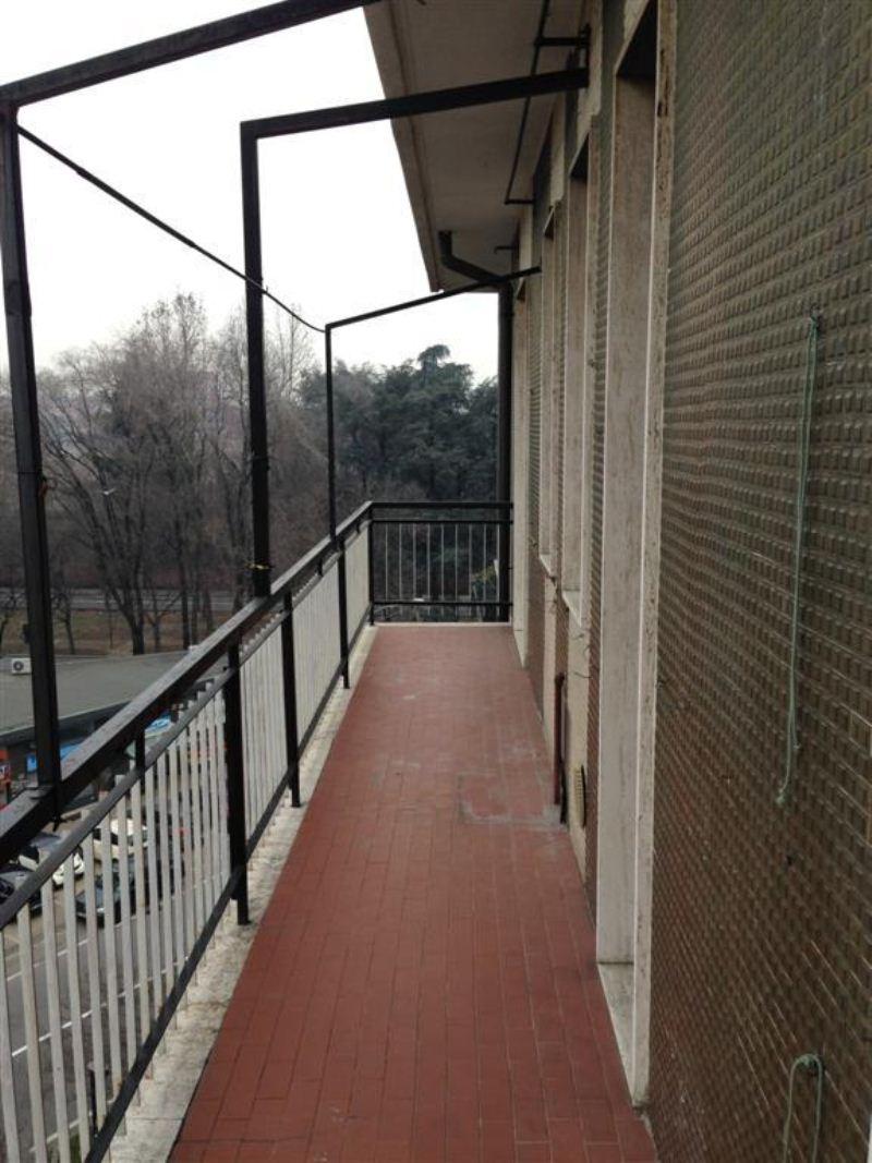 Bilocale Cologno Monzese Corso Roma 13