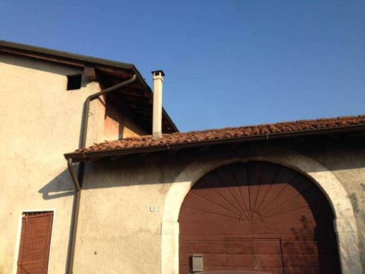 Bilocale Rovato Via Sant'anna 11