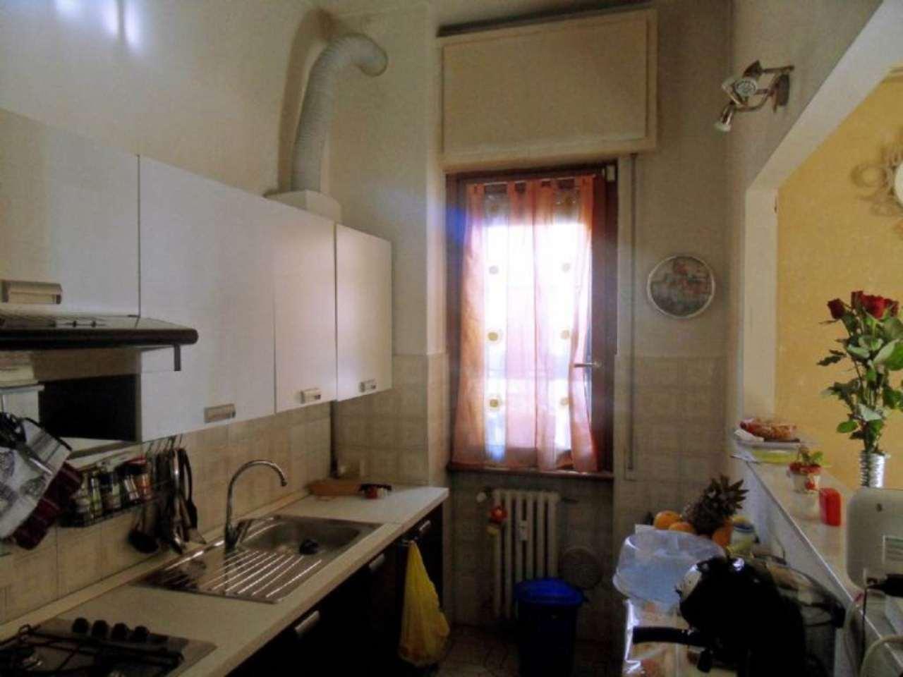 Bilocale Sesto San Giovanni Via Fratelli Di Dio 4