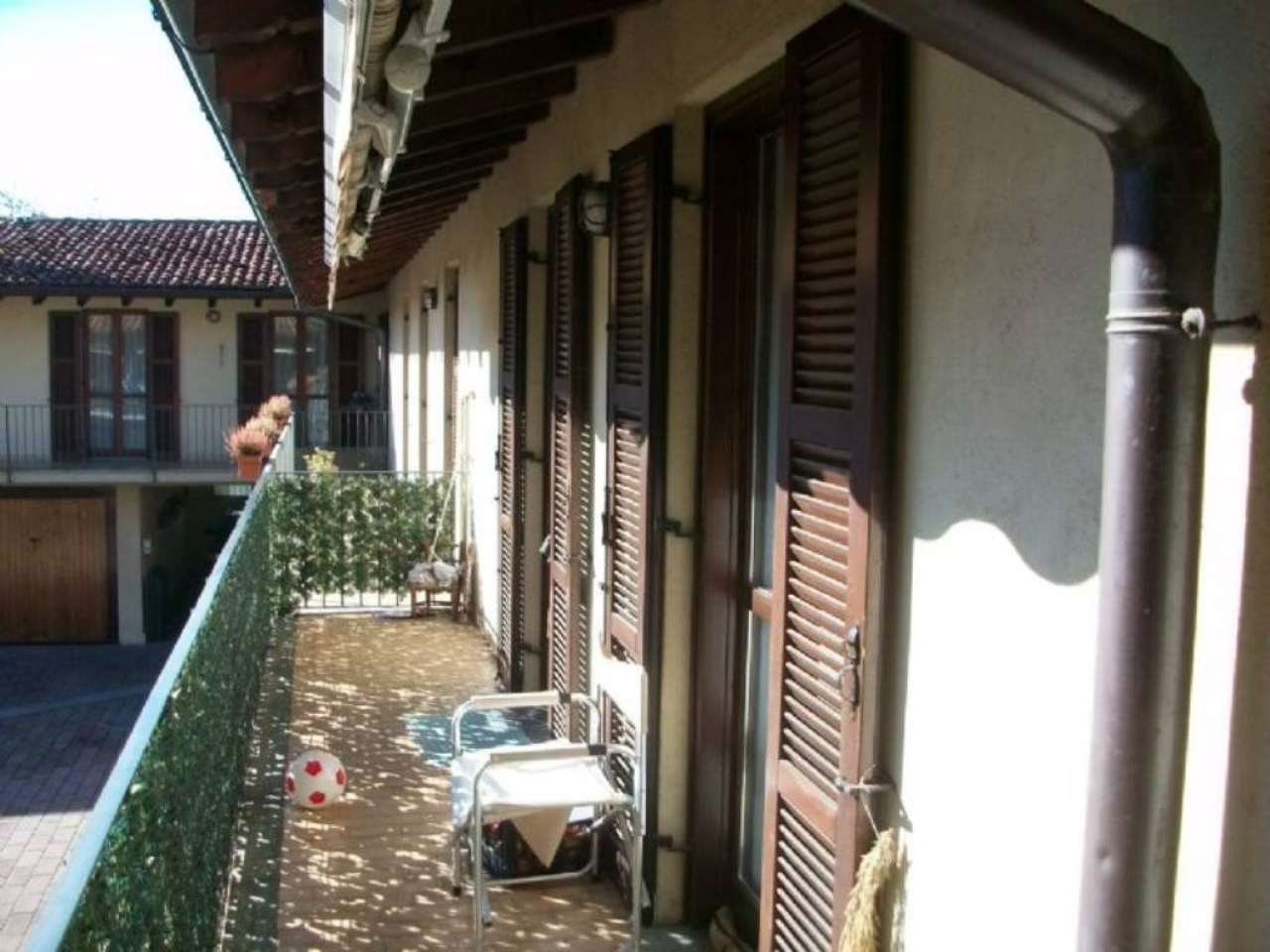 Bilocale Montano Lucino Via San Giorgio 2