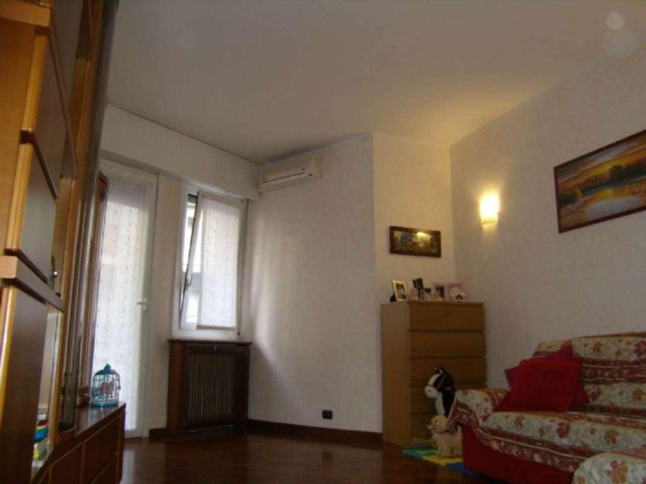 Bilocale Milano Via Giancarlo Sismondi 3