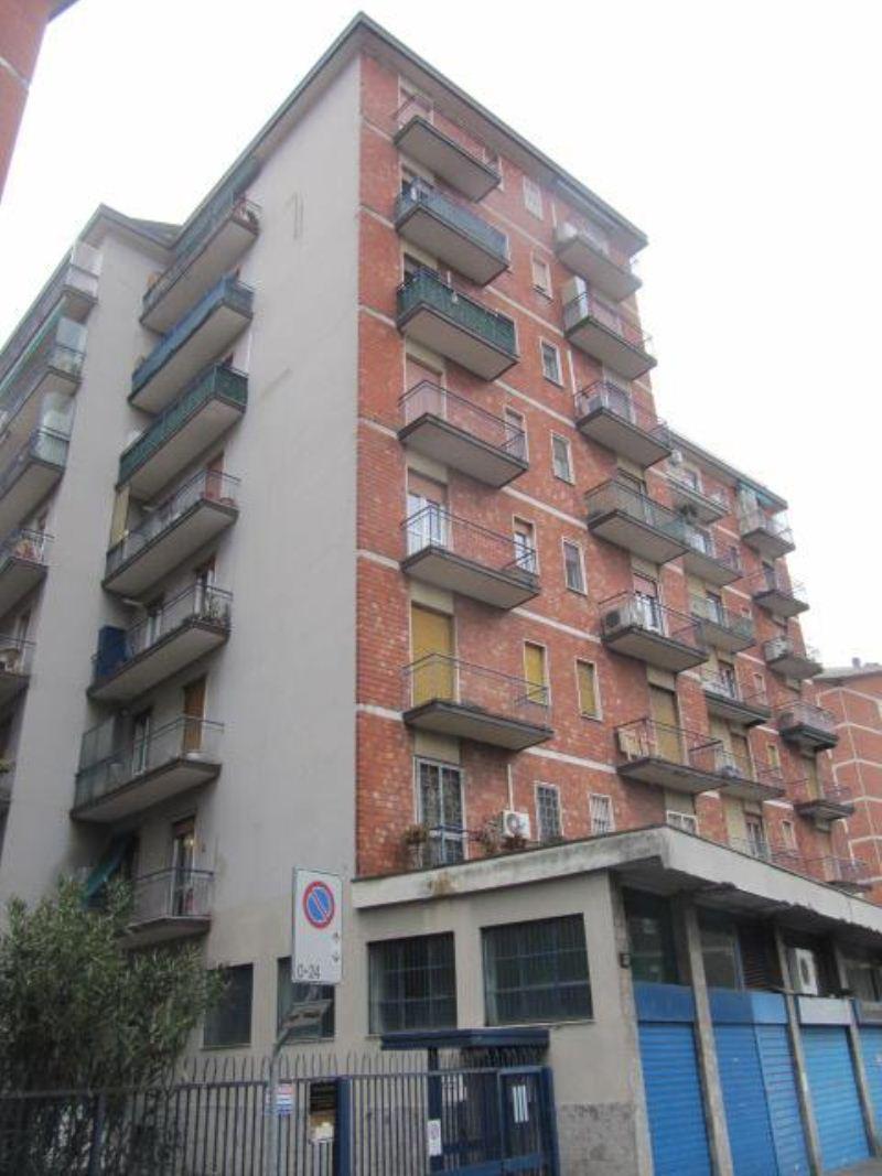 Bilocale Bollate Via Garibaldi 11