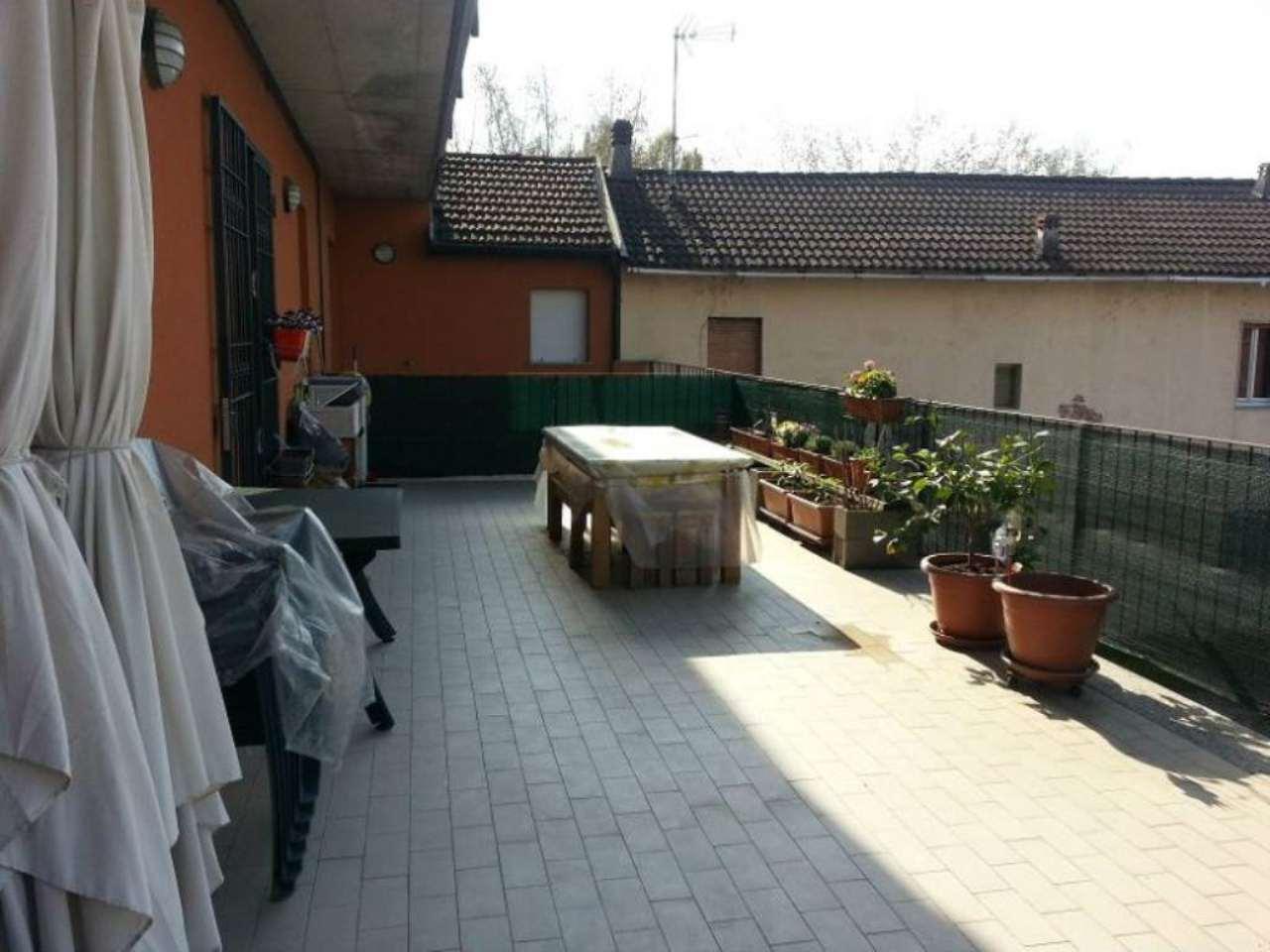 Bilocale San Giuliano Milanese Via Pedriano 11