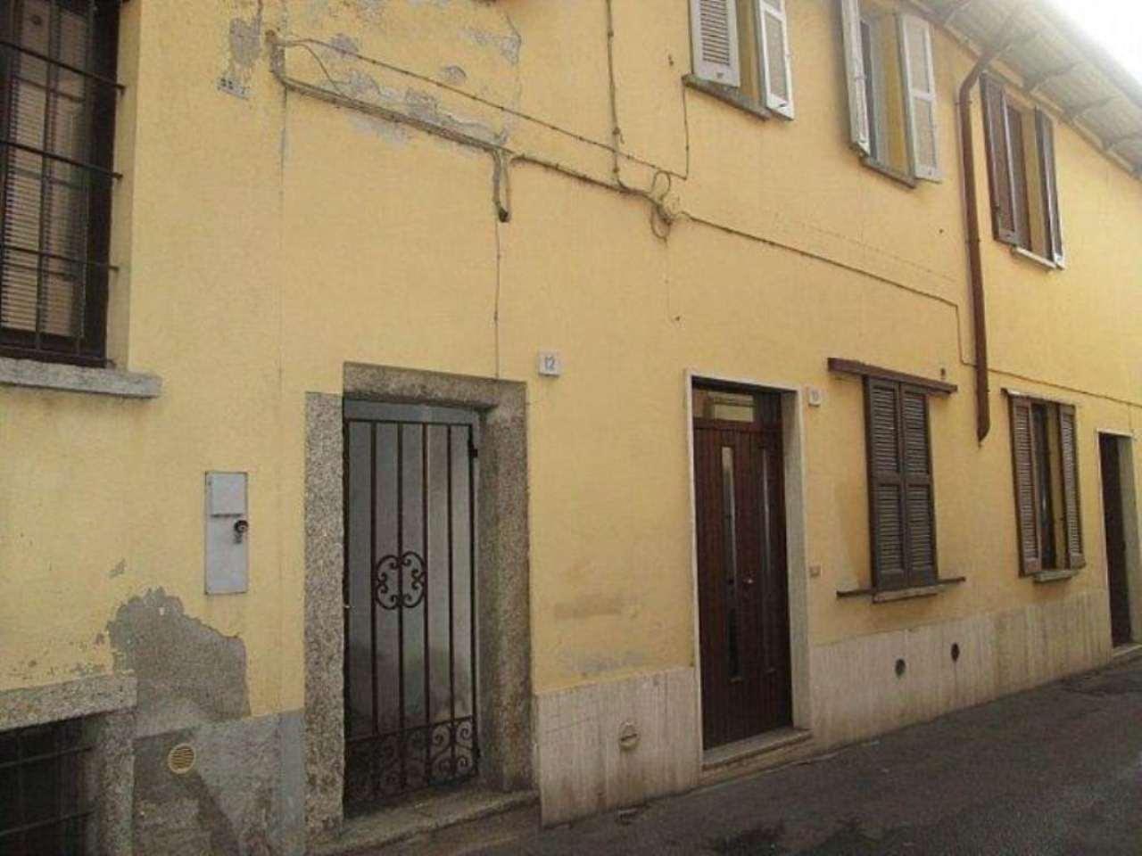 Bilocale Lentate sul Seveso Via Camillo Benso Conte Di Cavour 11