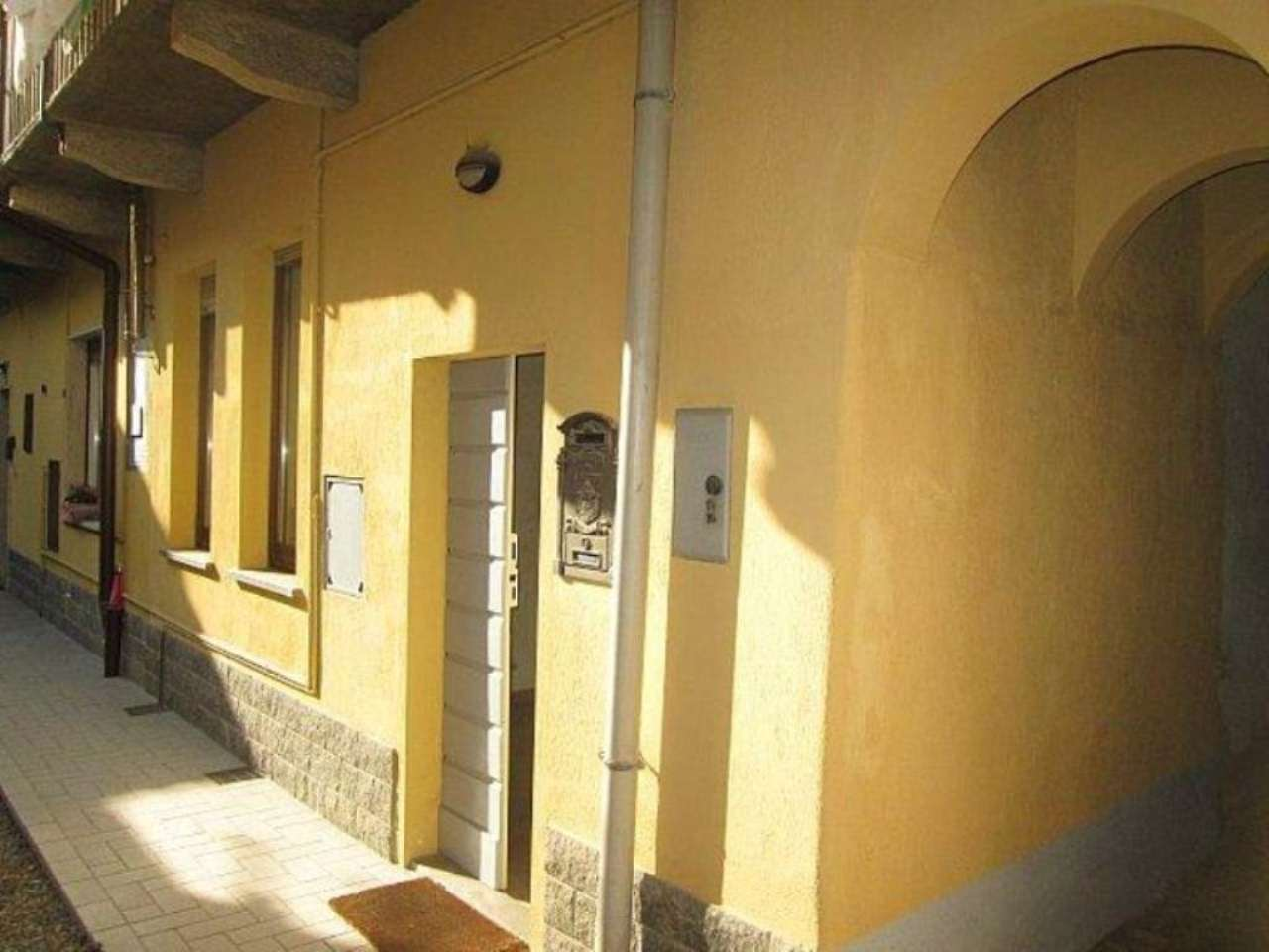 Bilocale Lentate sul Seveso Via Camillo Benso Conte Di Cavour 12