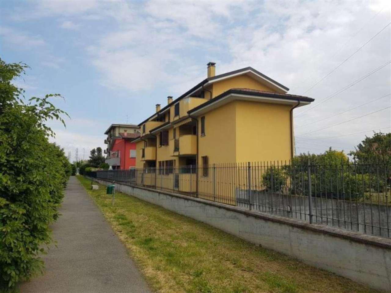 Bilocale Truccazzano Via G.zanella 7