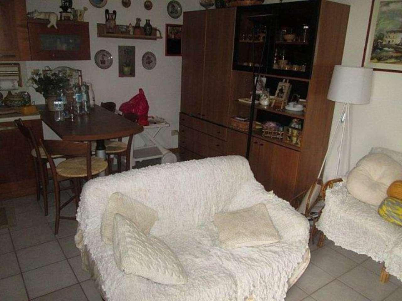 Bilocale Oliveto Lario Via Armando Diaz 4