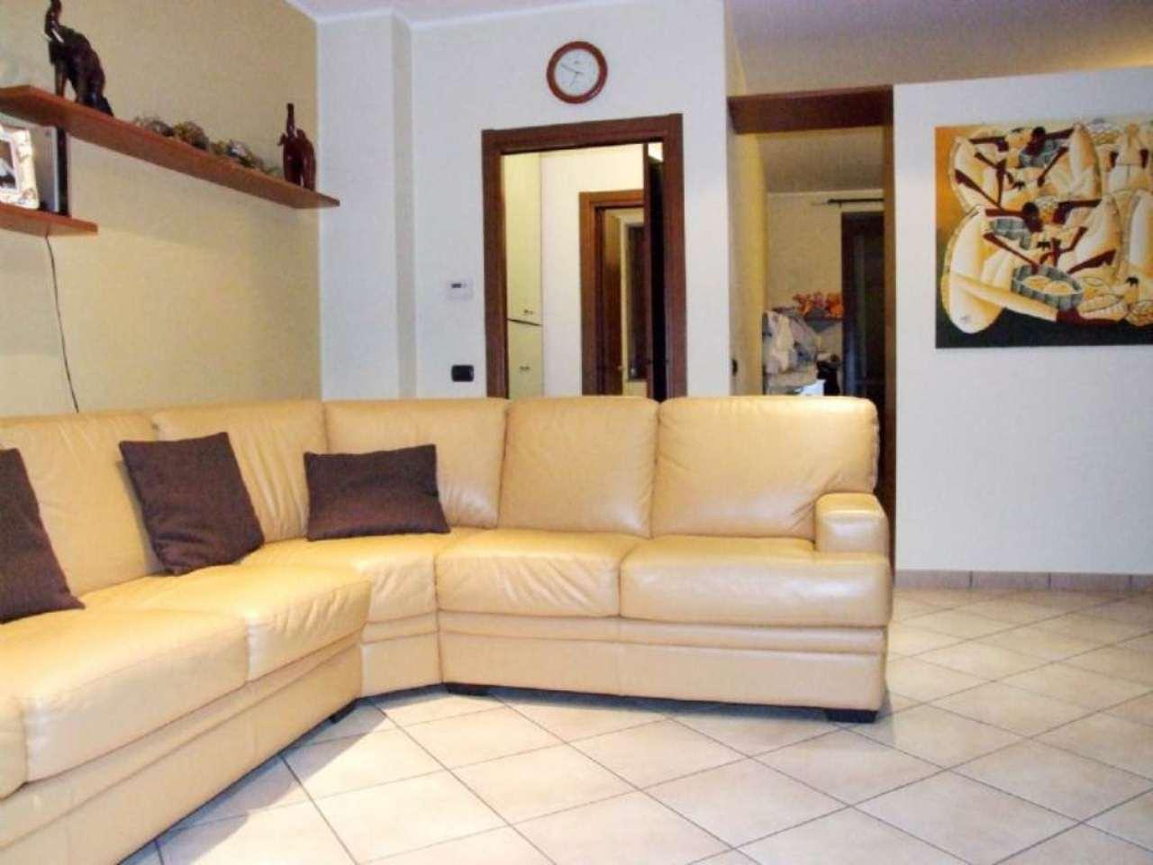 Bilocale Varedo Via Gorizia 2