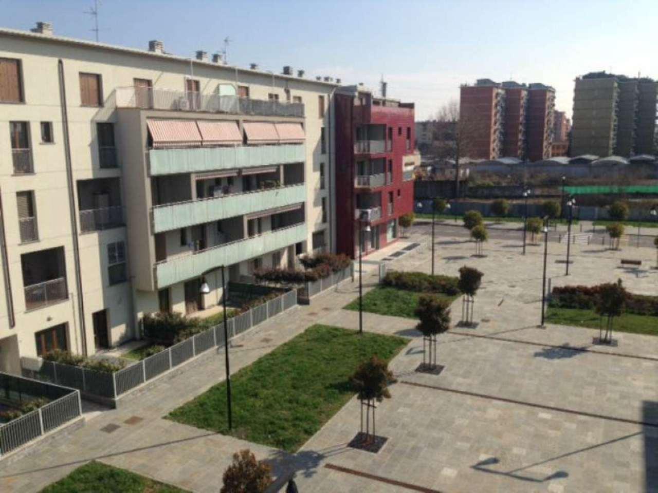 Bilocale Cologno Monzese Viale Lombardia 8