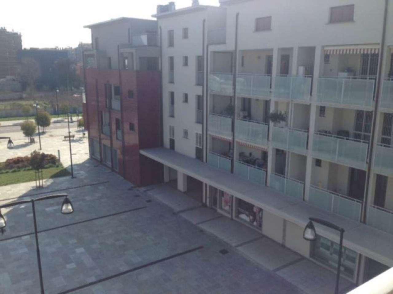 Bilocale Cologno Monzese Viale Lombardia 4