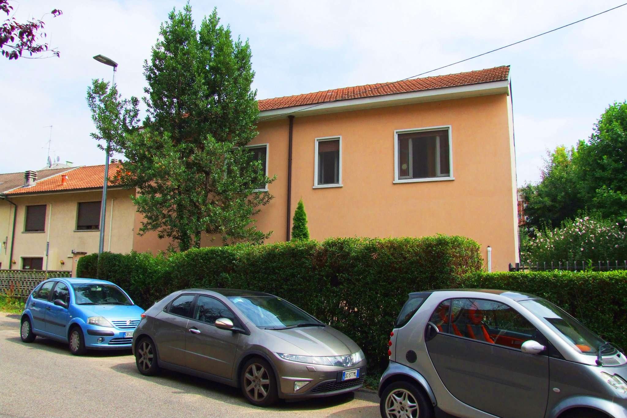 Bilocale Paderno Dugnano Via Piaggio 11