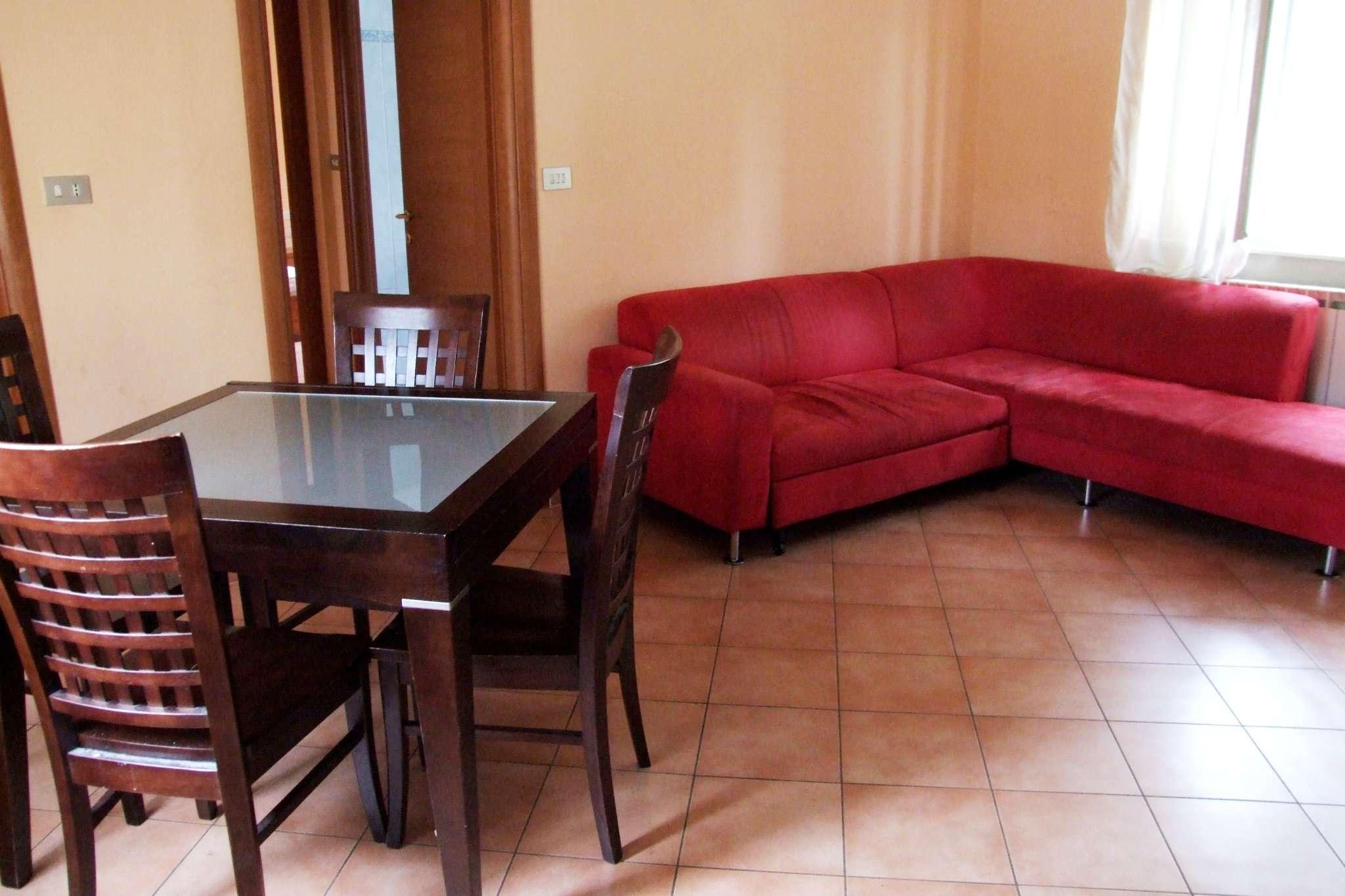 Bilocale Paderno Dugnano Via Piaggio 1