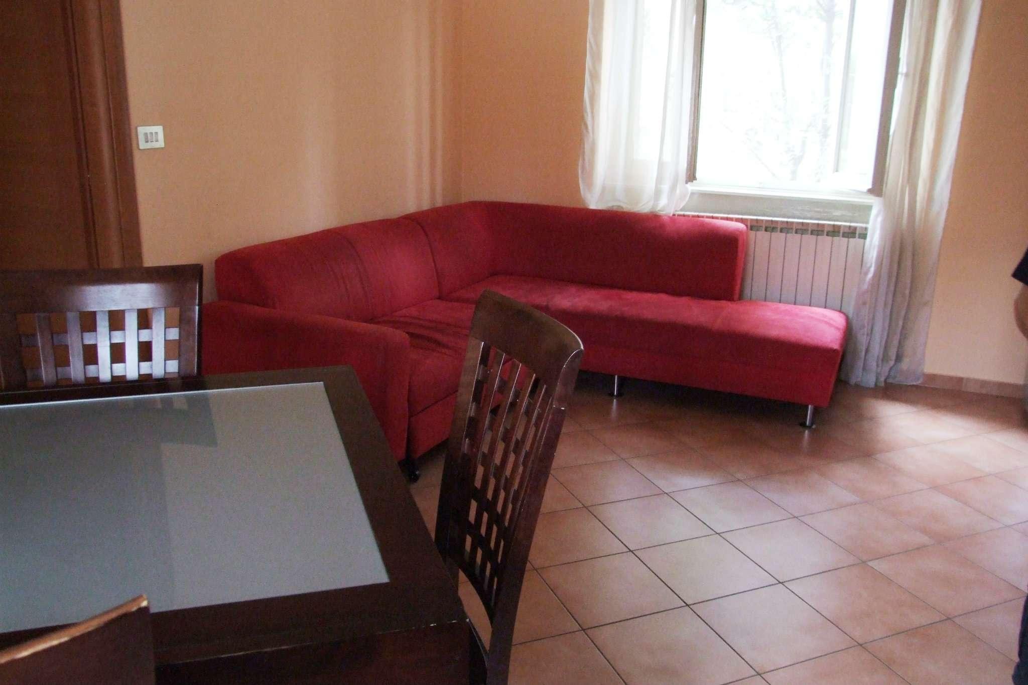 Bilocale Paderno Dugnano Via Piaggio 2
