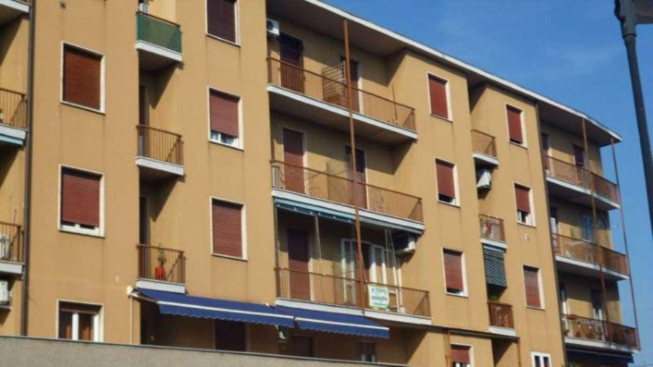 Bilocale Cassano d Adda Via Alessandro Manzoni 6