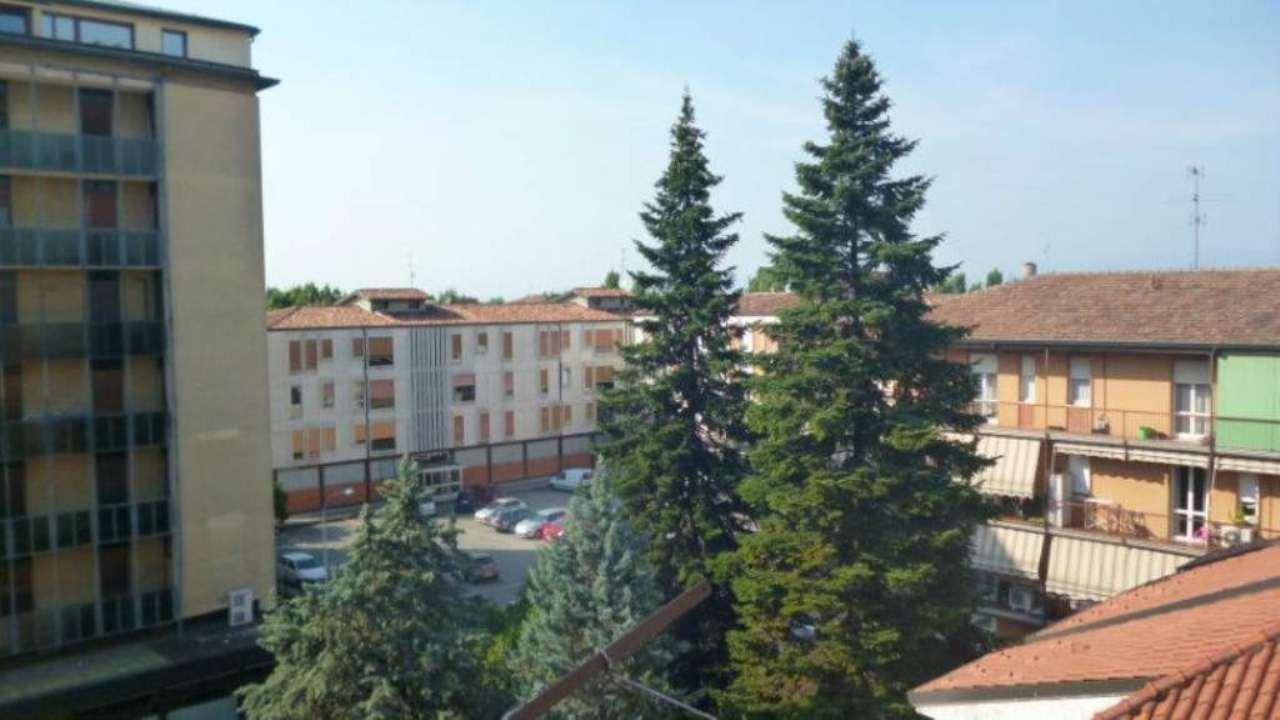 Bilocale Cassano d Adda Via Alessandro Manzoni 5