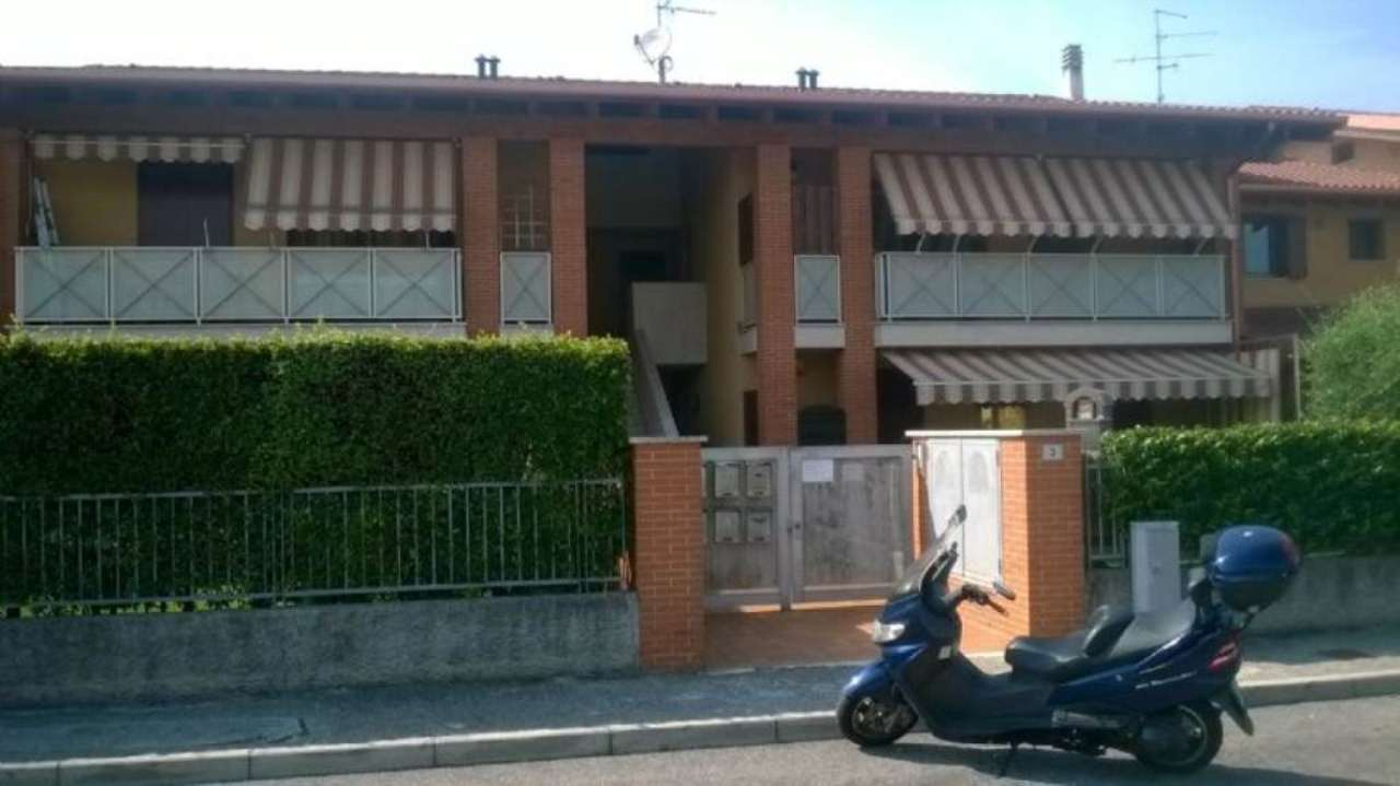 Bilocale Monzambano Via Gino Rama 11