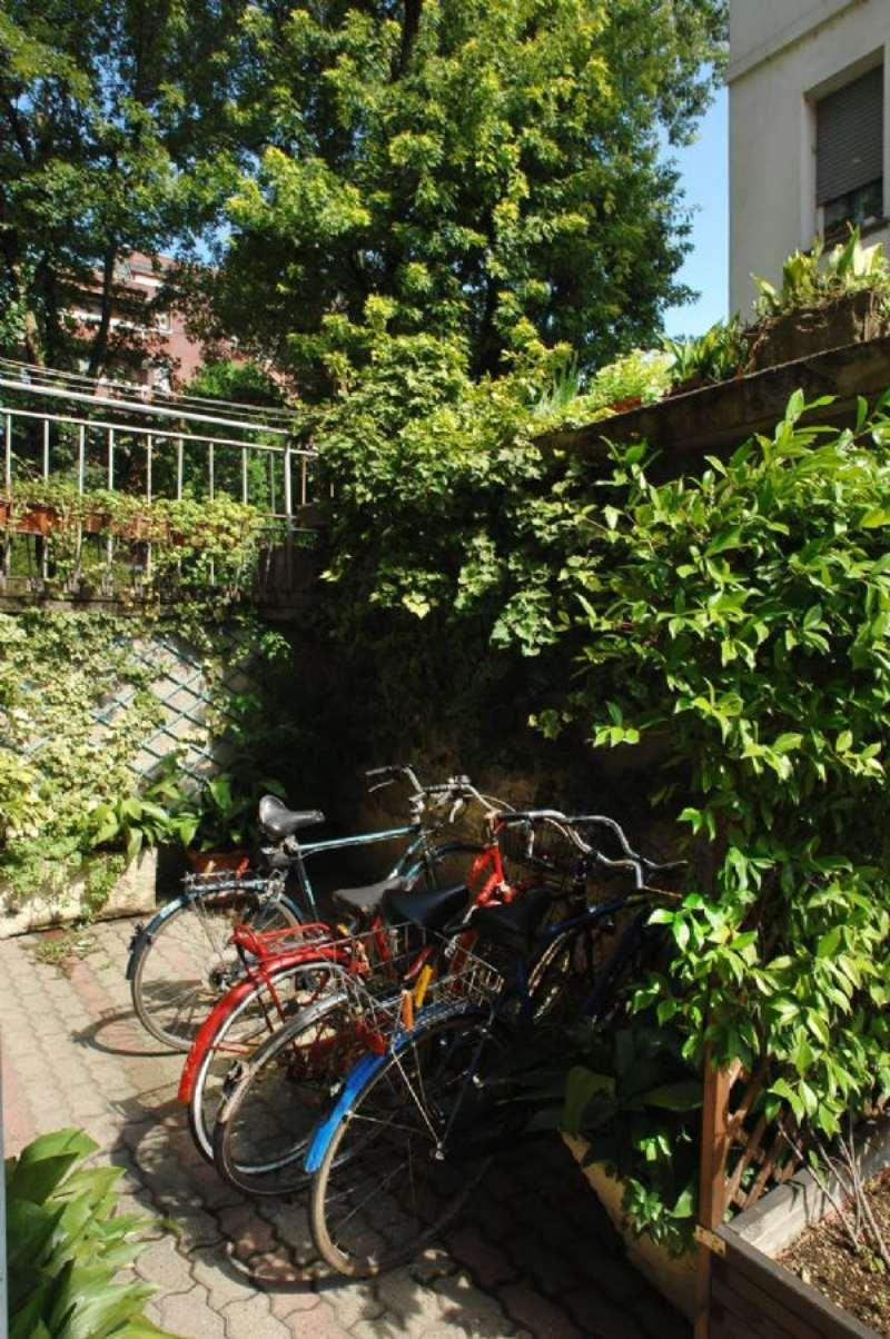Bilocale Milano Via Bernardino Verro 5