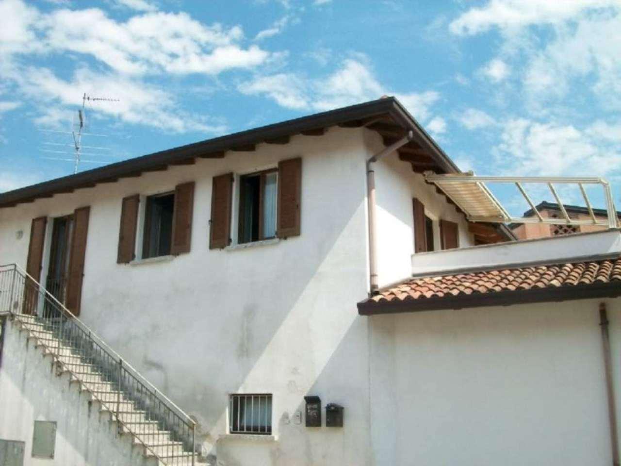 Bilocale Inverigo Via Fornacetta 10