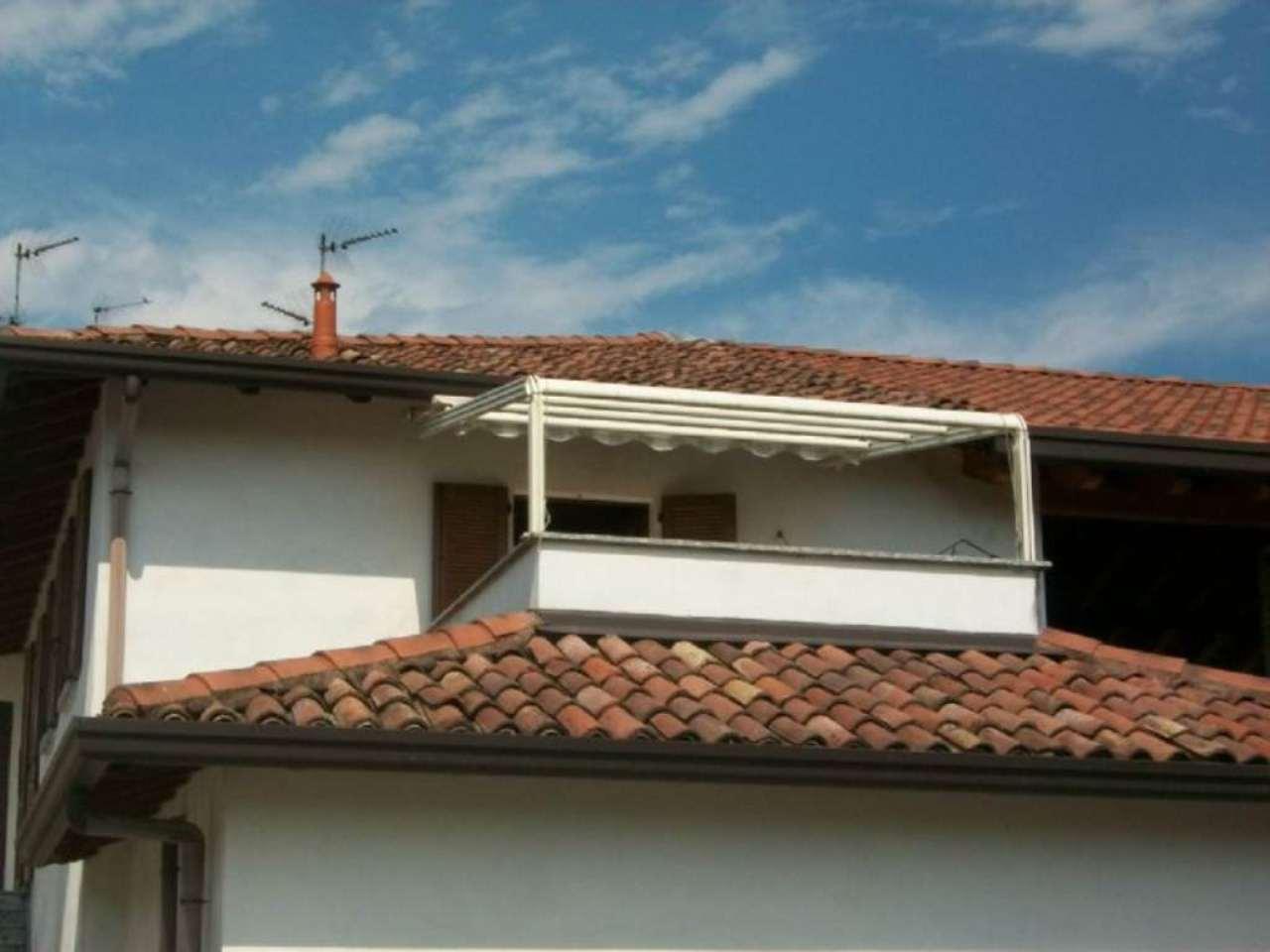 Bilocale Inverigo Via Fornacetta 8