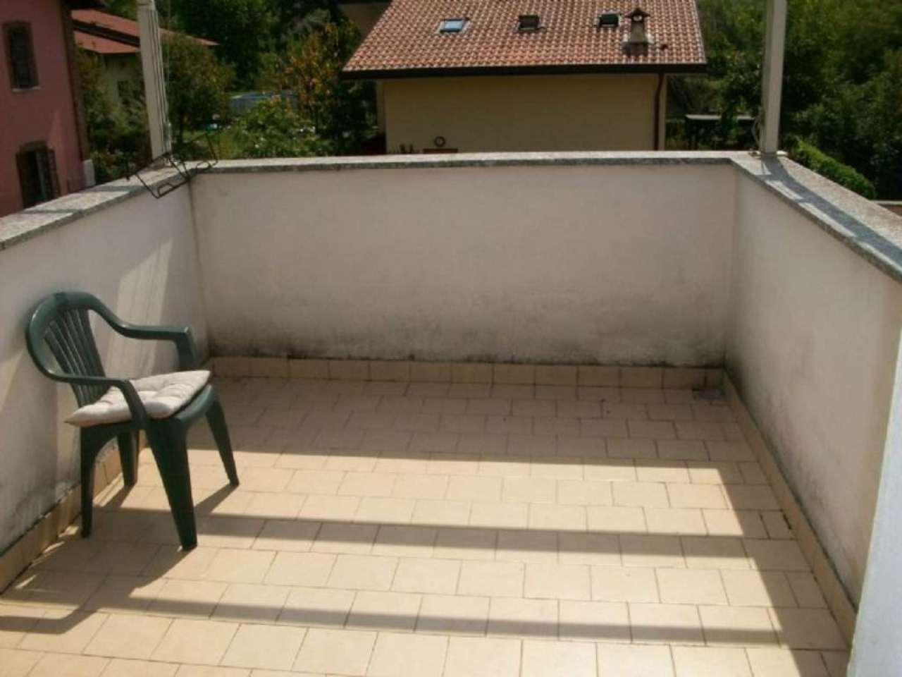 Bilocale Inverigo Via Fornacetta 7