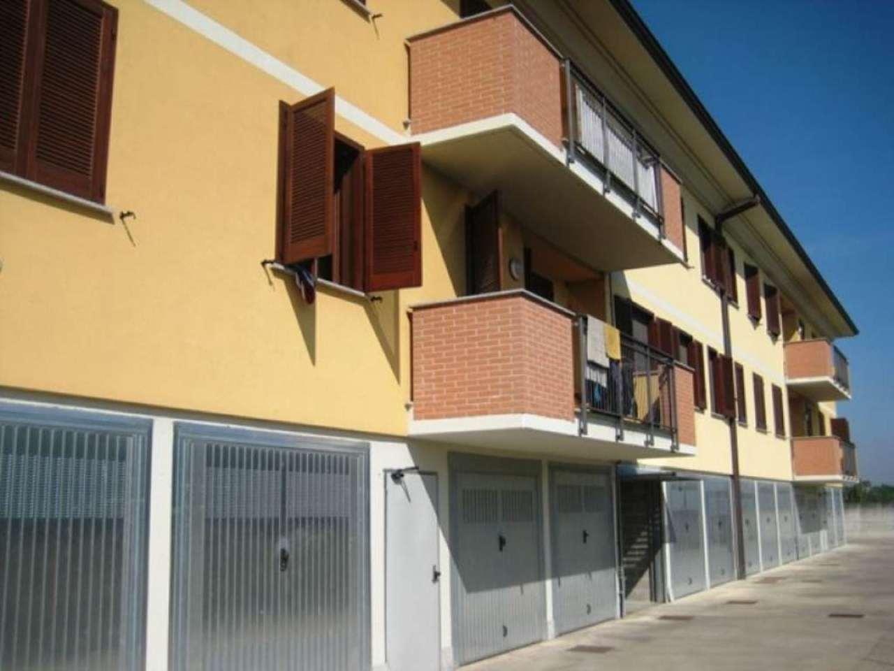 Bilocale Inverno e Monteleone Via G.d' Annunzio 11