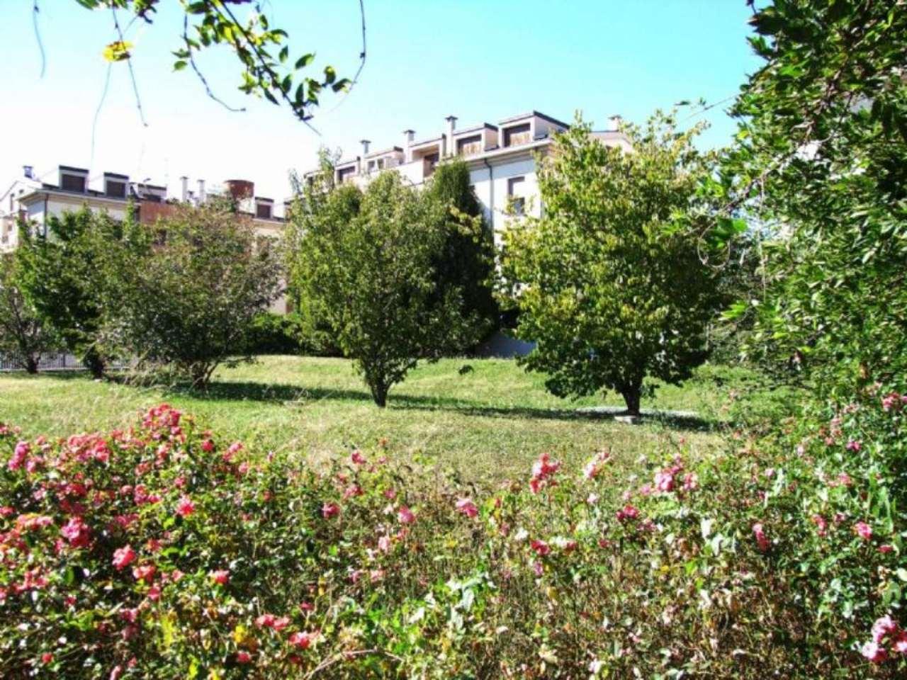 Bilocale Cesano Maderno Via Sandro Pertini 1