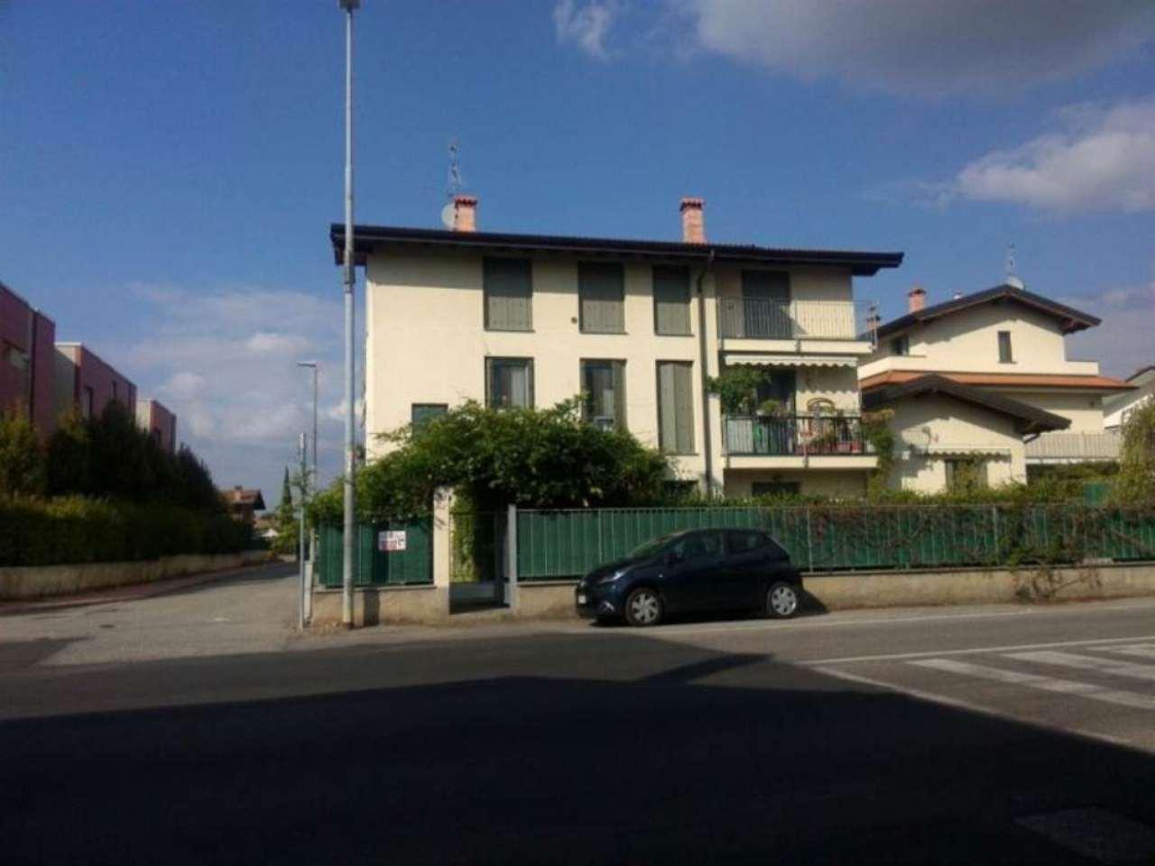 Bilocale Pessano con Bornago Via Cascina Valera 13