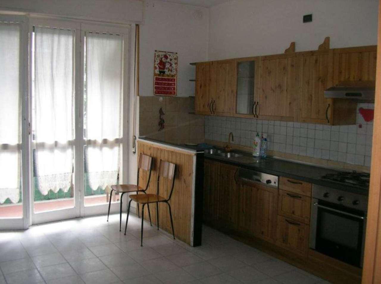 Bilocale Barlassina Via Don Gattinoni 2