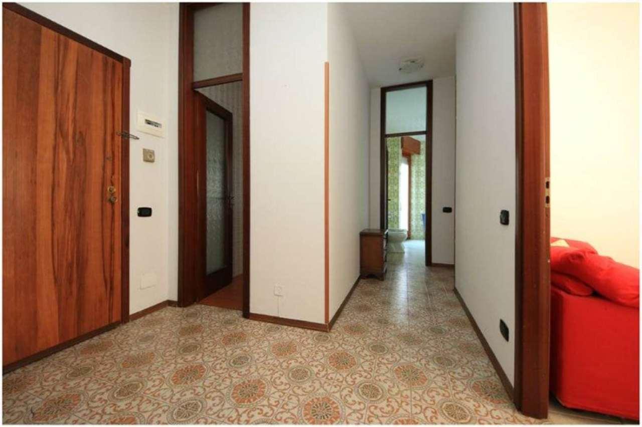Bilocale Ospedaletti Via Aurelia 3