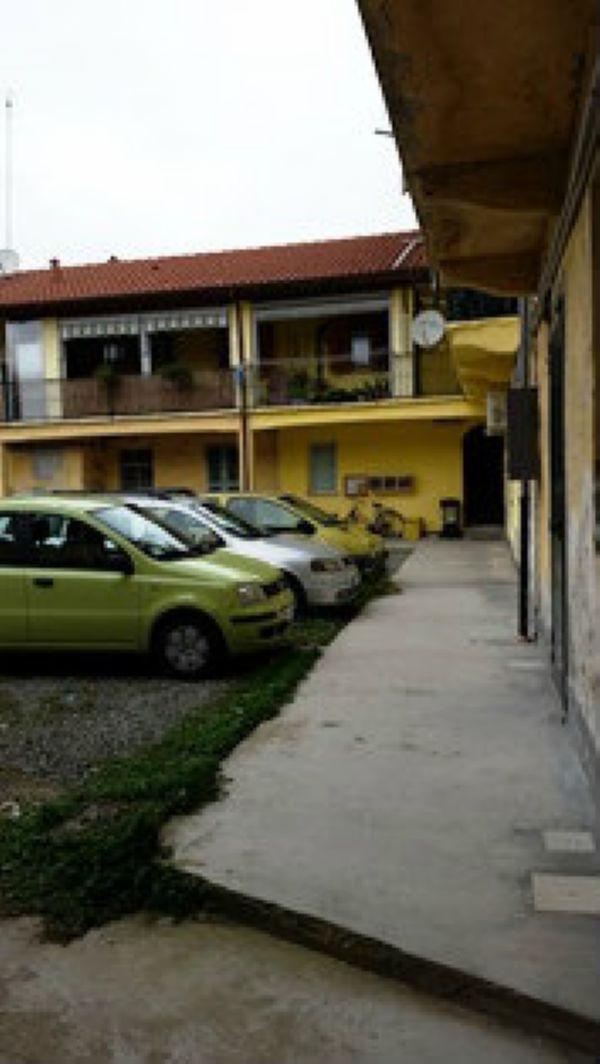 Bilocale Caselle Torinese Via Cravero Carlo 9