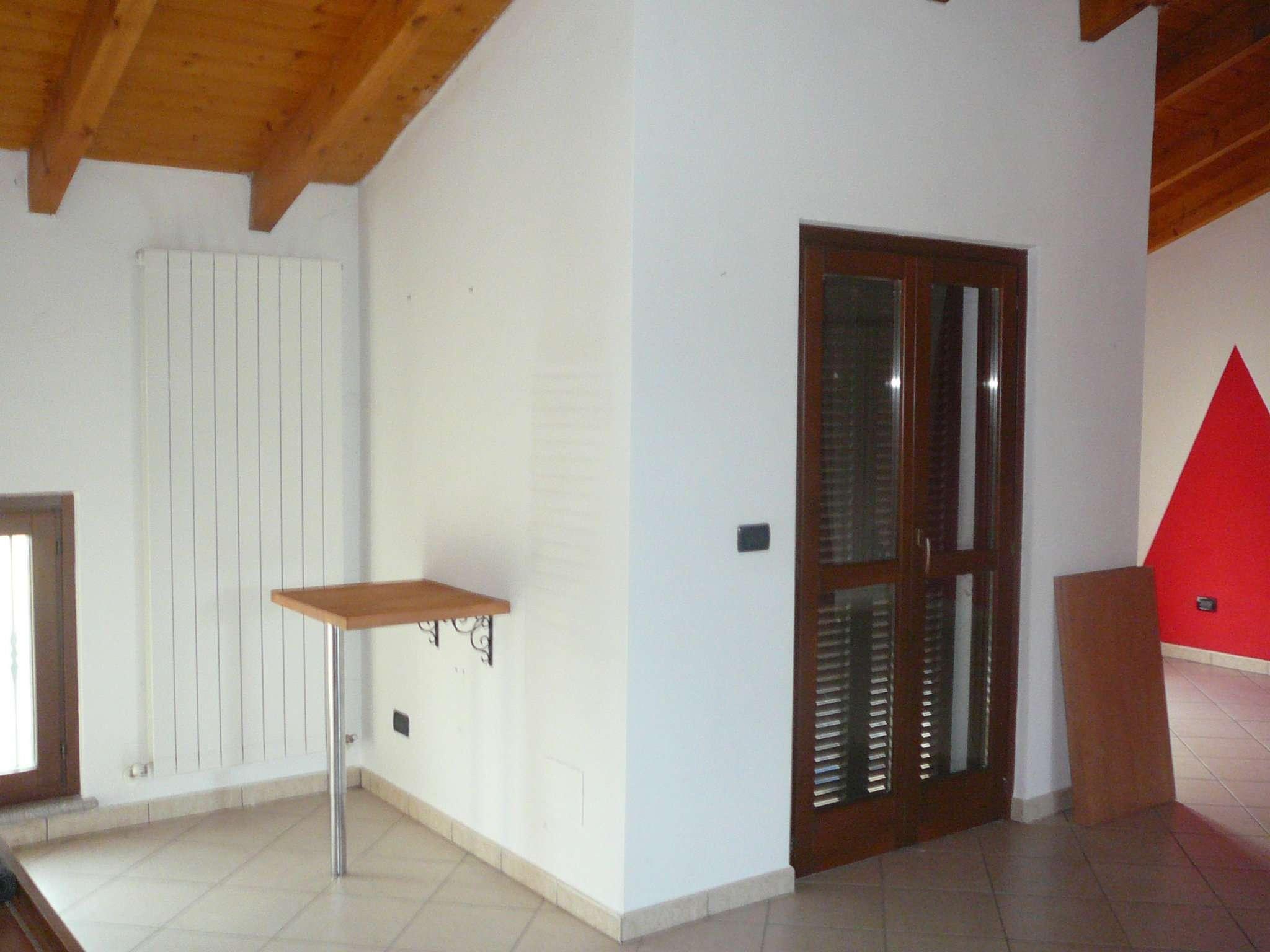Bilocale Alessandria Via Valmigliaro 6