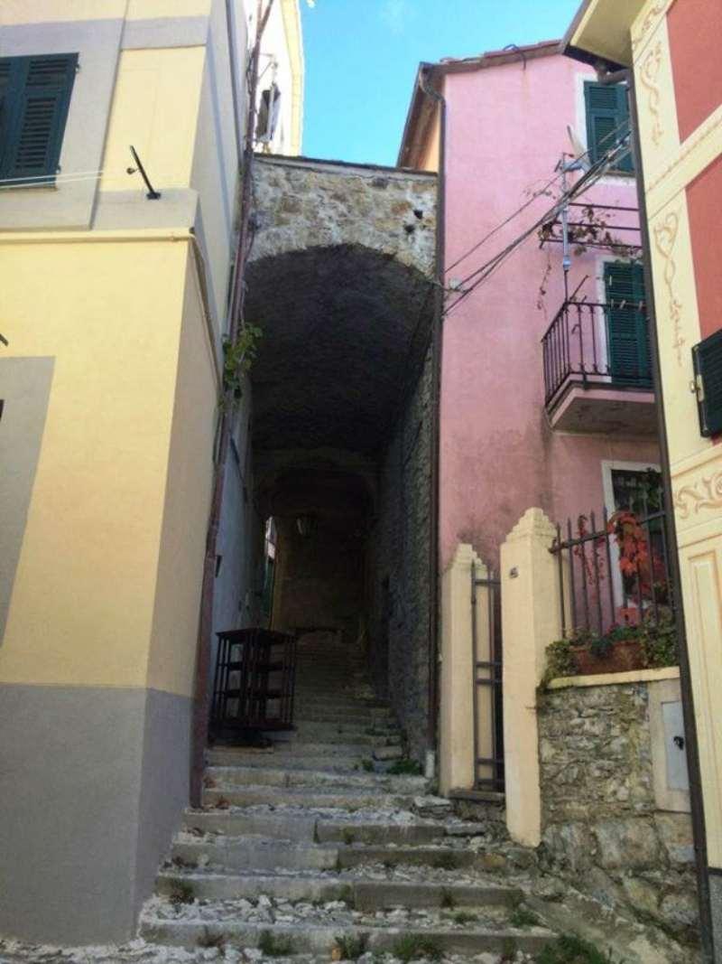 Bilocale Castiglione Chiavarese Via Alla Chiesa 13