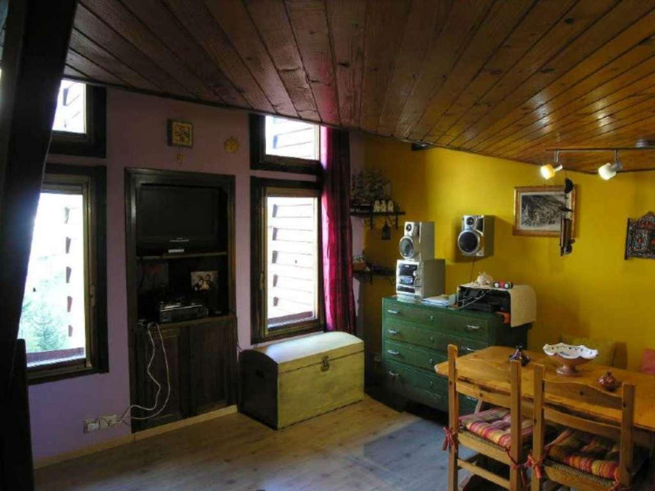 Bilocale Valtournenche Via Cervinia Strada Giomain Scala 2