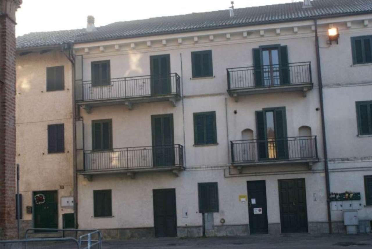 Bilocale Brusasco Piazza San Pietro 5