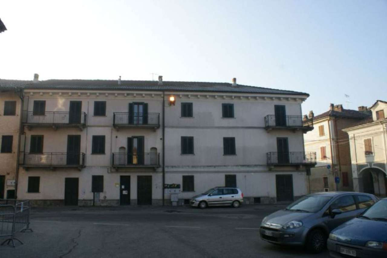 Bilocale Brusasco Piazza San Pietro 6