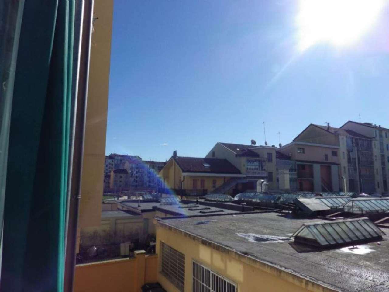 Bilocale Torino Via Chambéry 12