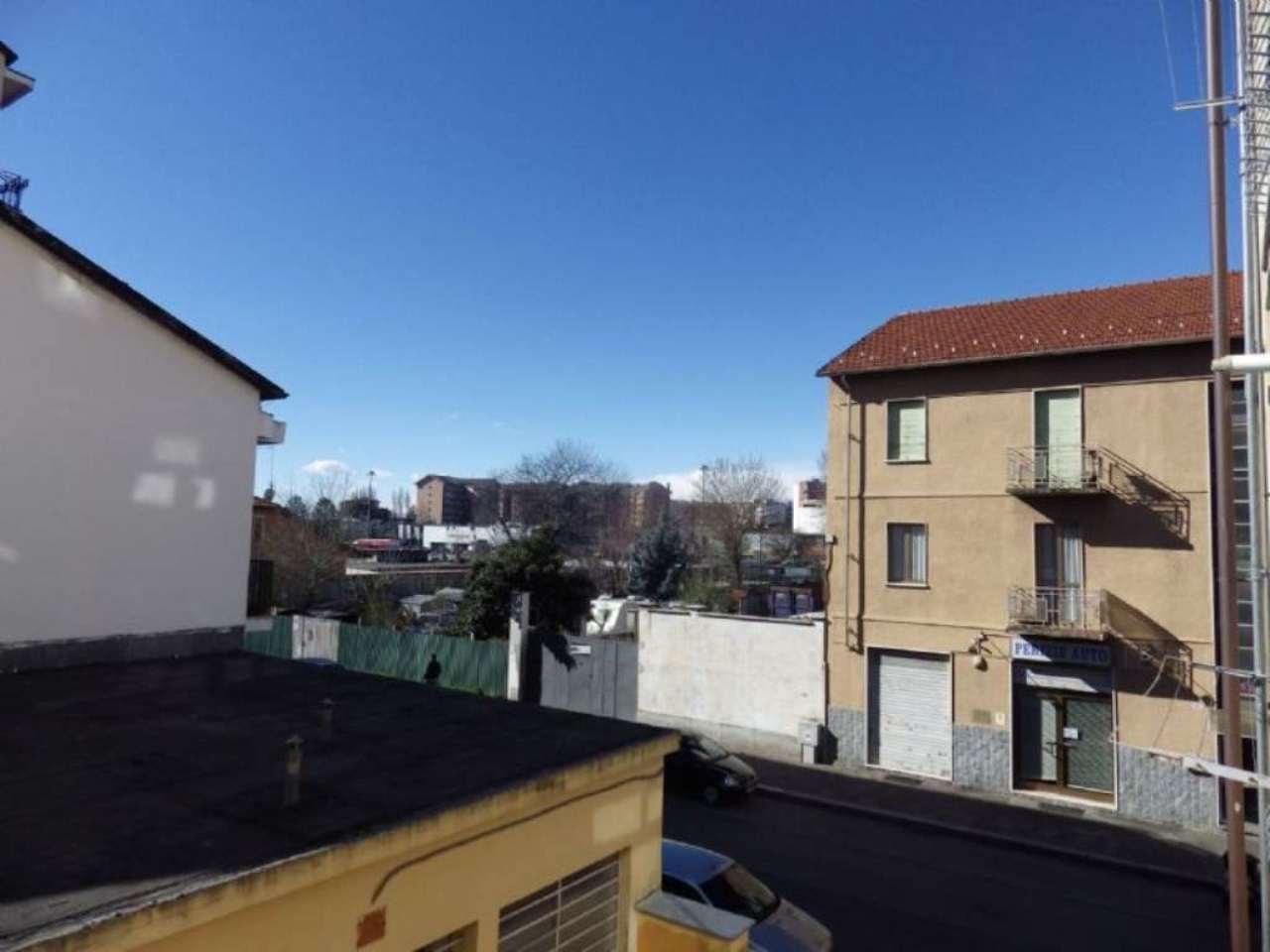 Bilocale Torino Via Chambéry 6