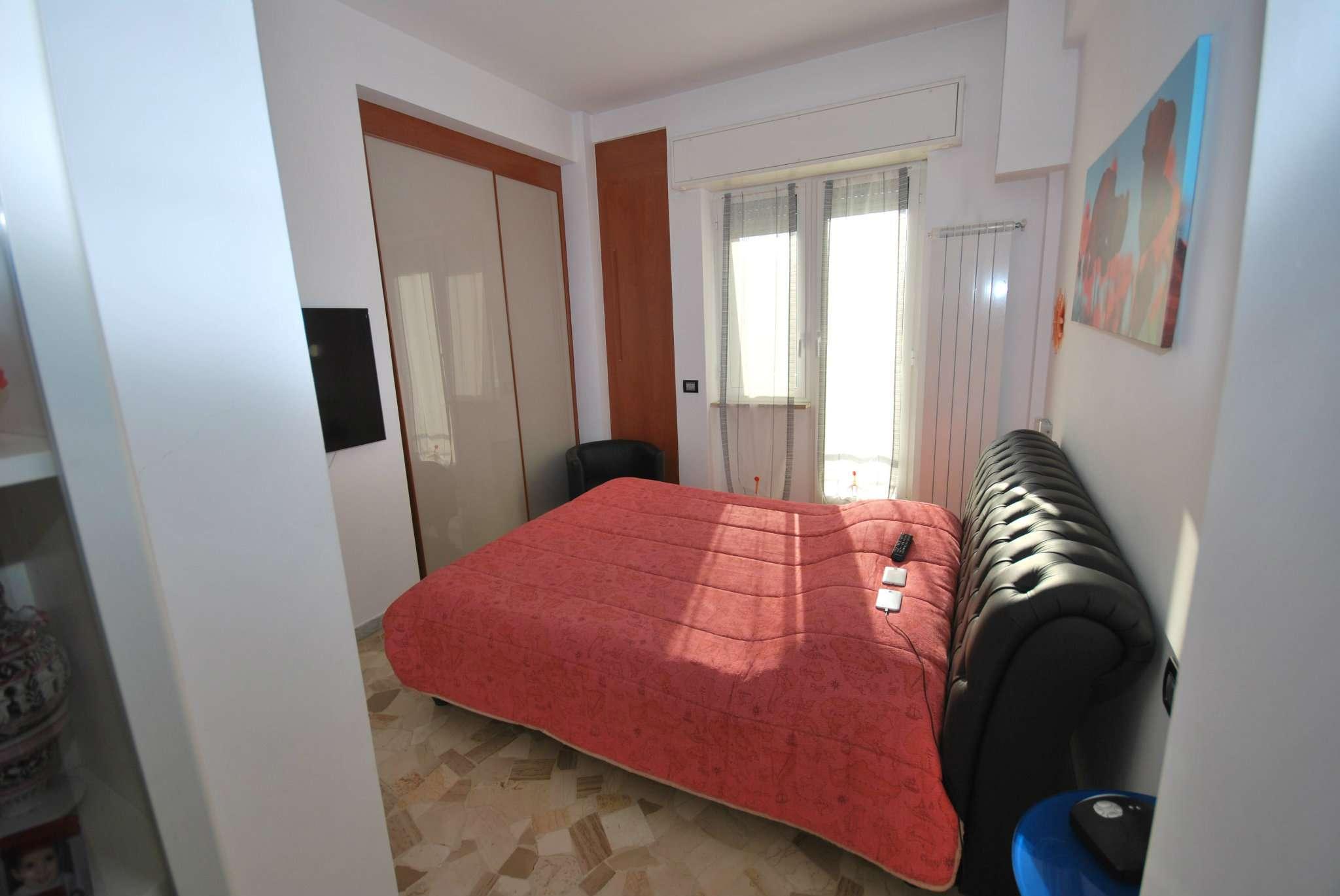 Bilocale Genova Via Giovanni Daneo 7