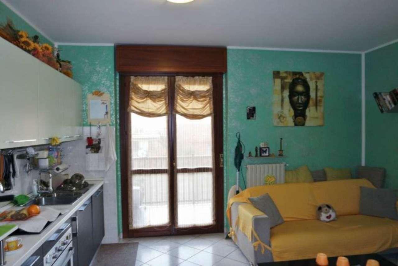Bilocale Torino Via Refrancore 4