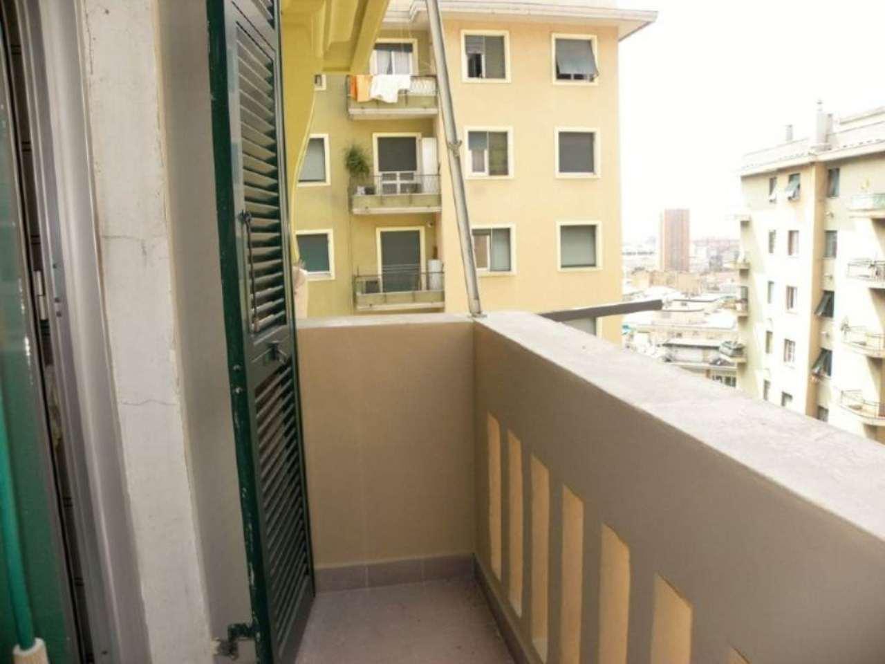 Bilocale Genova Via Dei Landi 11