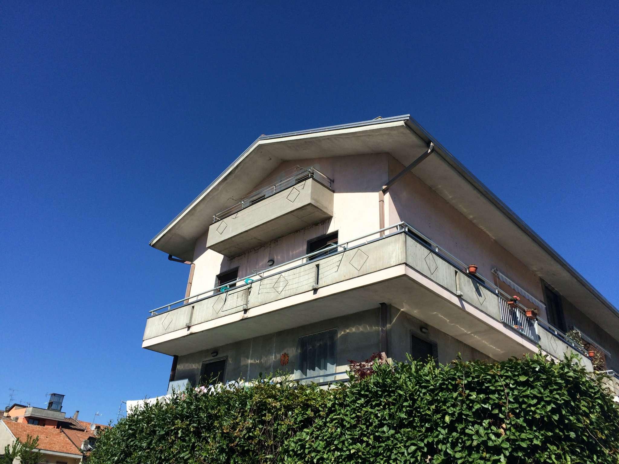 Bilocale Borgomanero Via Caduti 13