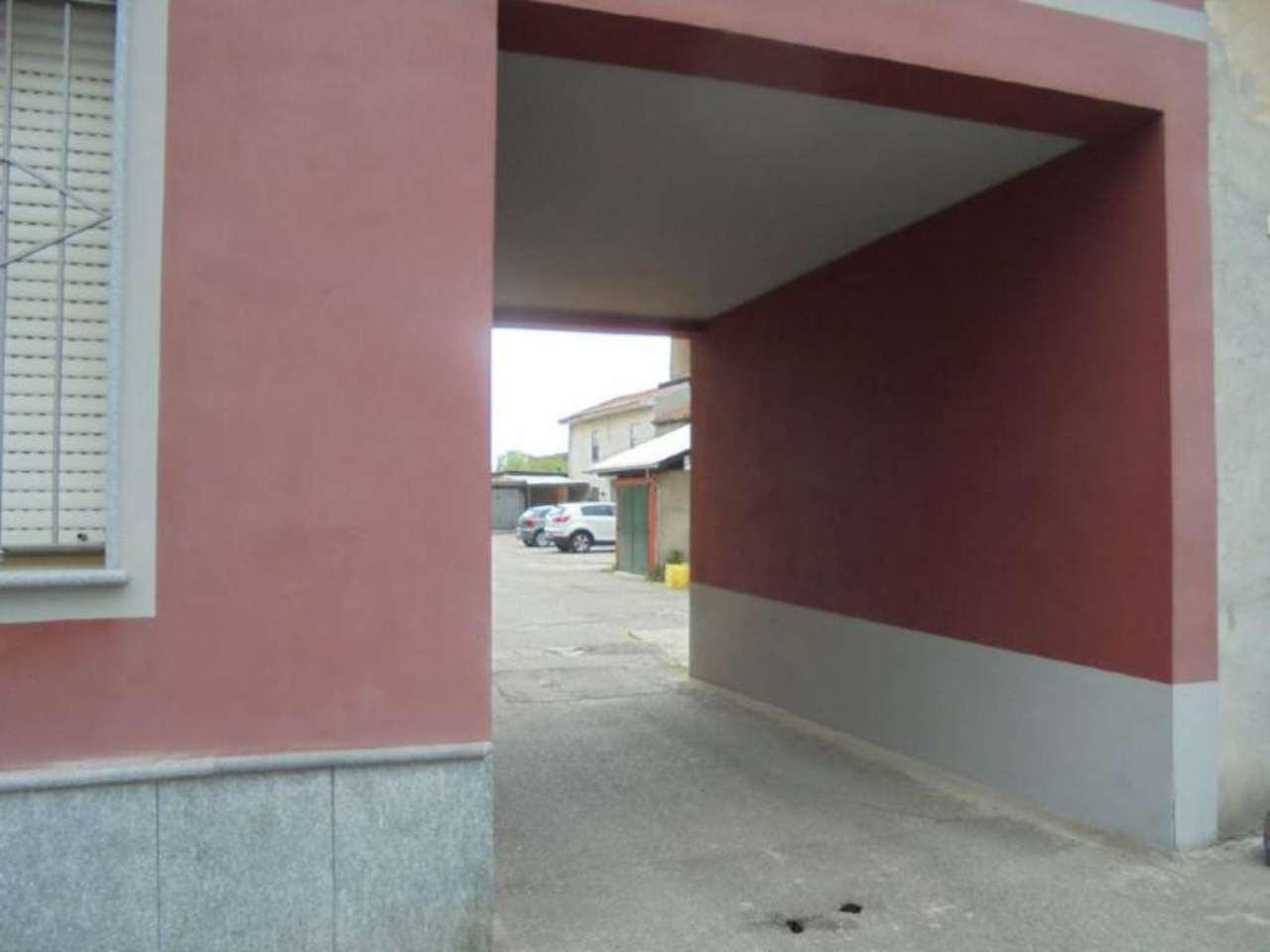 Bilocale Novara Via Sforzesca 3
