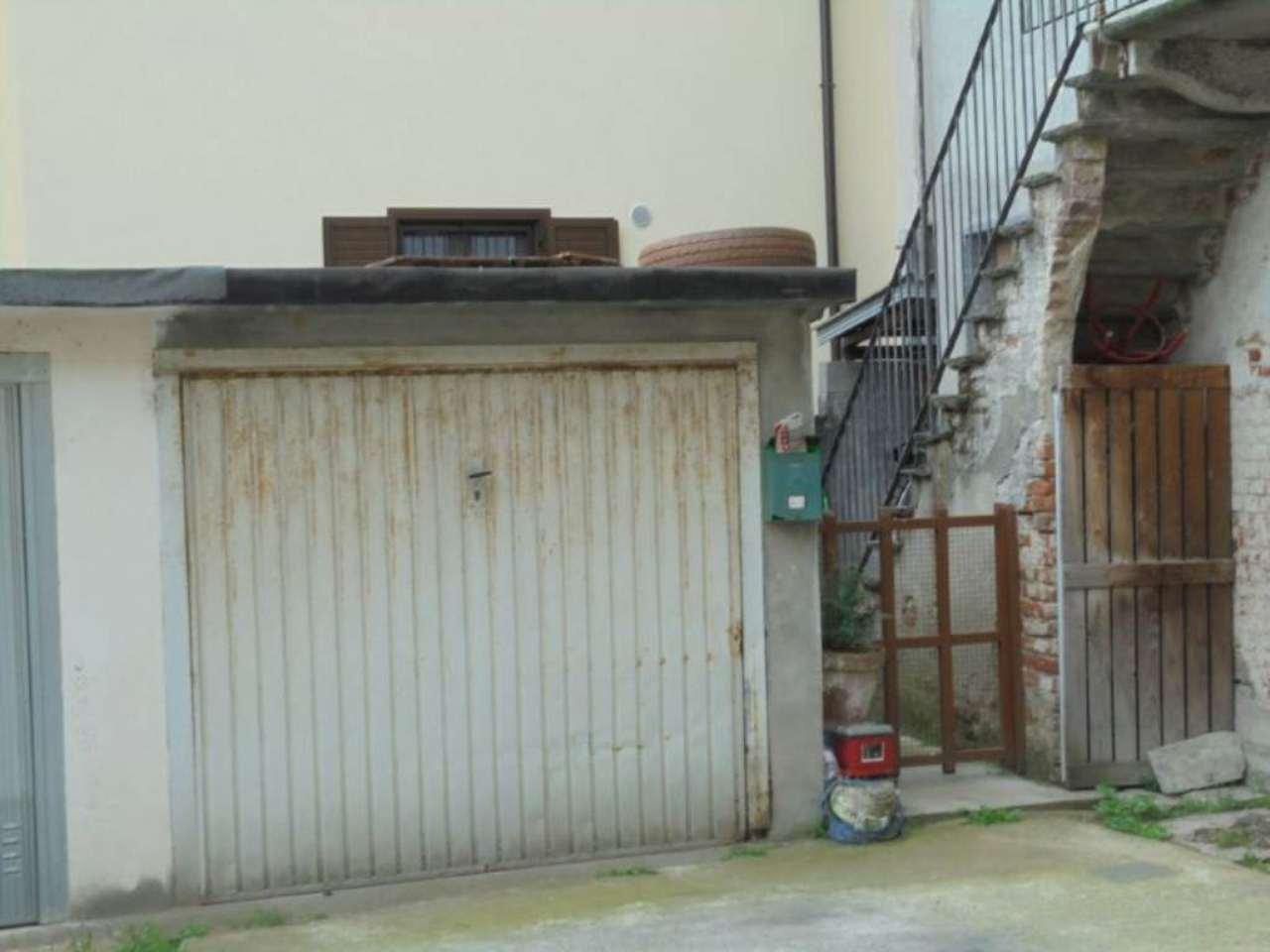 Bilocale Novara Via Sforzesca 7