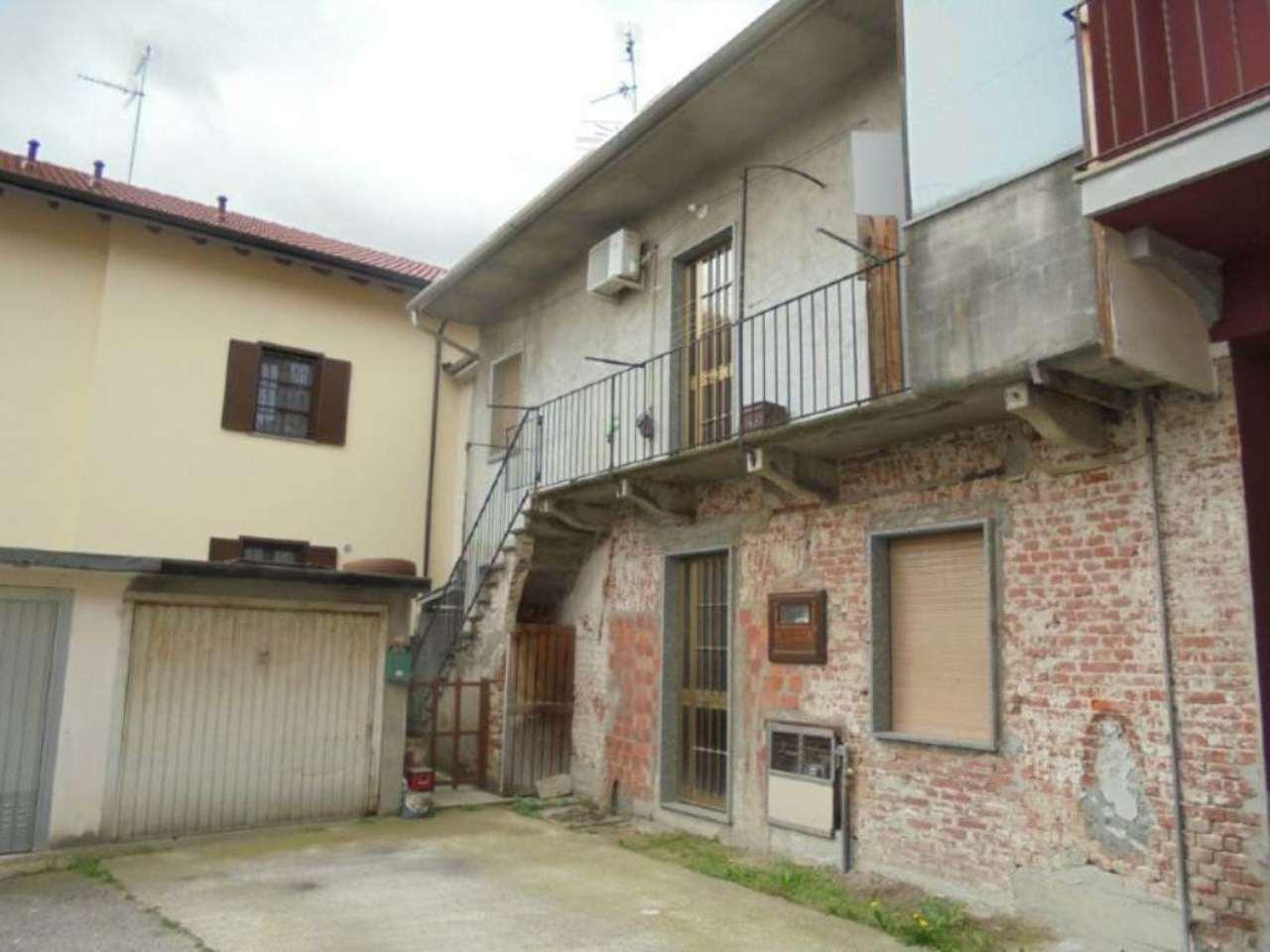 Bilocale Novara Via Sforzesca 5