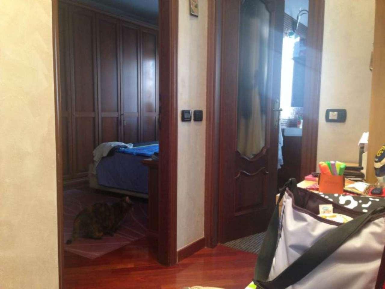 Bilocale Torino Via Giacomo Dina 3
