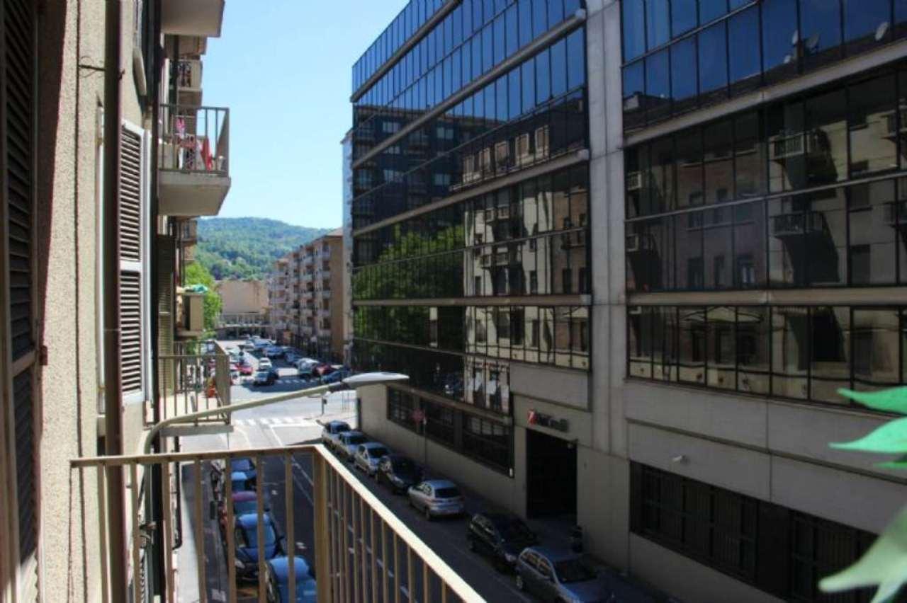 Bilocale Torino Via Chisola 7